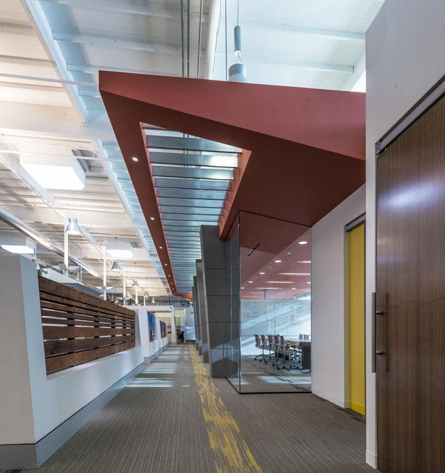 圣地亚哥swinerton建筑商办公室设计欣赏
