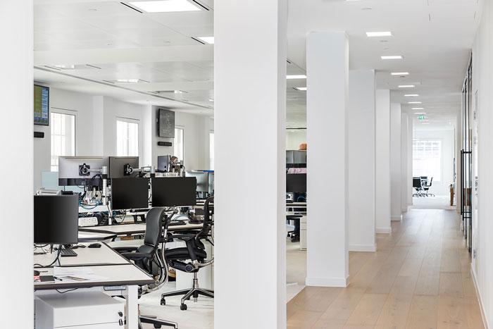 投资企业办公室办公区装修设计效果图